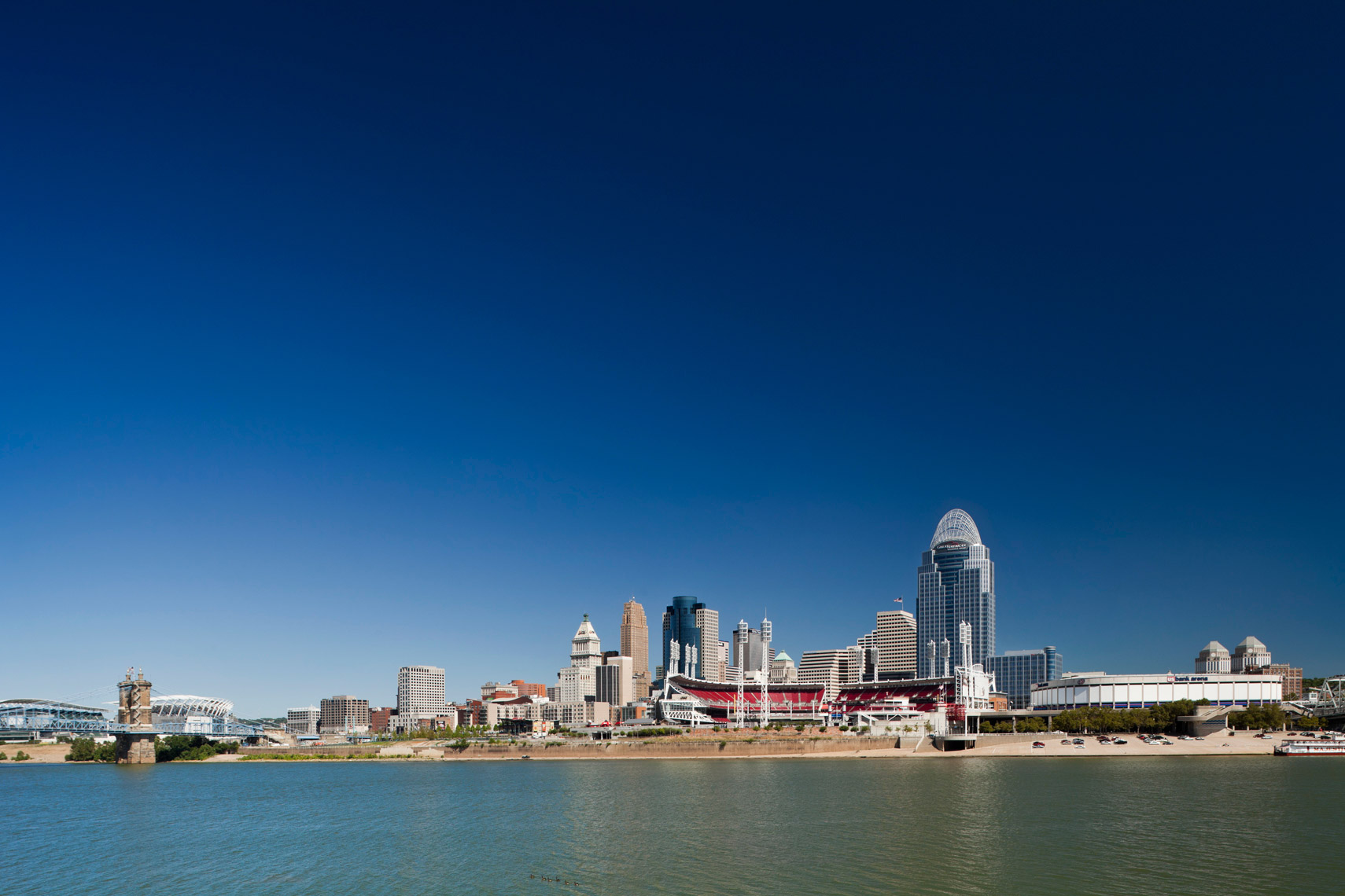 Cincinnati_City_River_Day_Wide
